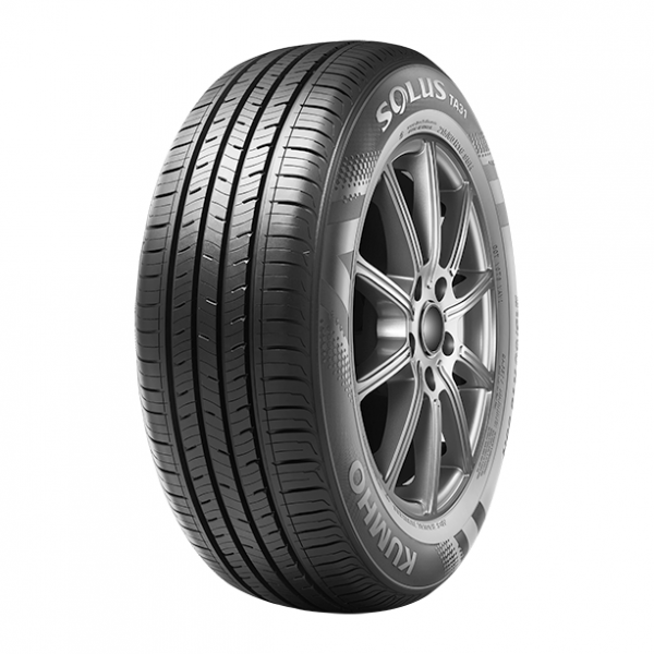 Kumho Solus TA31 - High Performance All-Season Tire - Next Tires