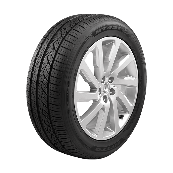 Nitto NT421Q - All-Season CUV/SUV Tire - Next Tires